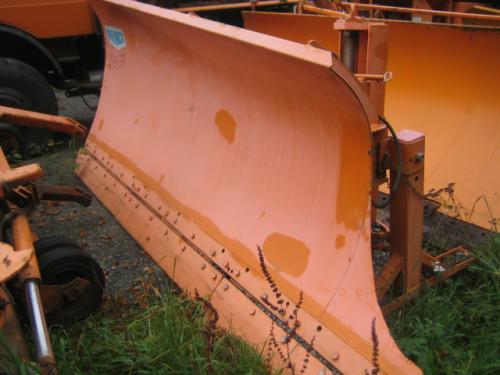 Lkw - Seitenschneepflug