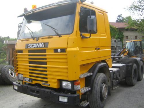 Lkw Scania Sattelzugmaschine 142E 6x4